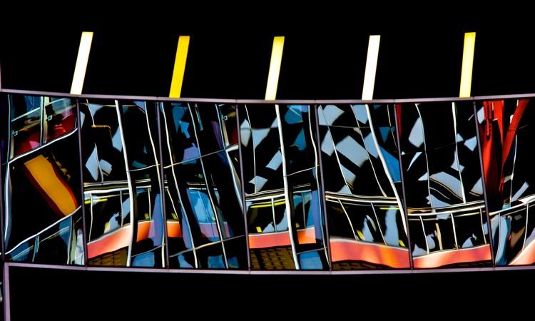 Réfraction -USA- Chicago-06- Photographie abstraite, par Muriel Marchais
