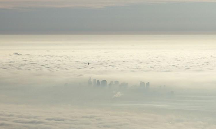 Paris vu du ciel-nuages-01- Photographie par Muriel Marchais.